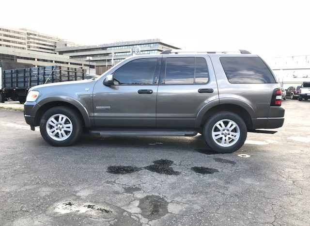 Ford Explorer Limited completo